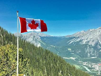 The American Prepper's Canada Survival Guide for SHTF