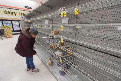 empty-store-shelves-food-shortage