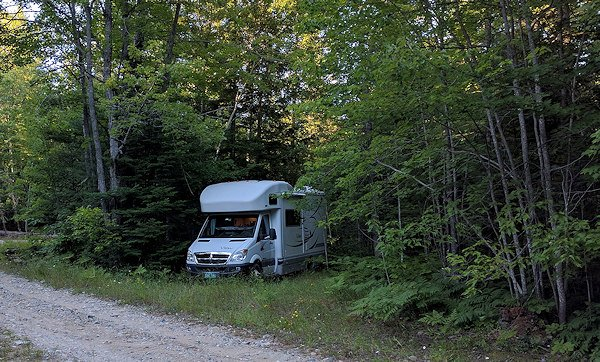 "Off Grid Survival: Cabin Rentals and RV Camping for a ""Practice"" Bug Out"