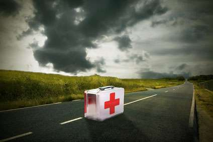 Survival First Aid: Post-Collapse Medicine and How to Use it to Save Lives